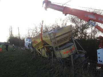 concrete lorry in trouble